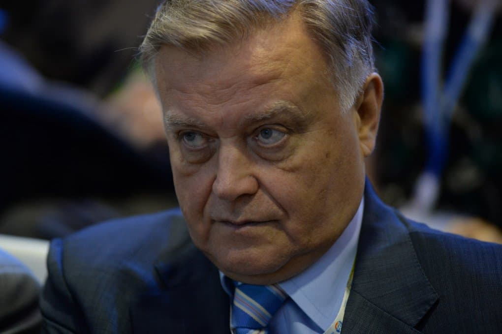 Владимир ЯКУНИН: НАШЕ ОБЩЕСТВО ПОСТЕПЕННО ВЗРОСЛЕЕТ