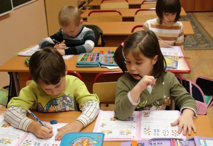 Учащихся и школ в стране станет больше, - Министерство образования