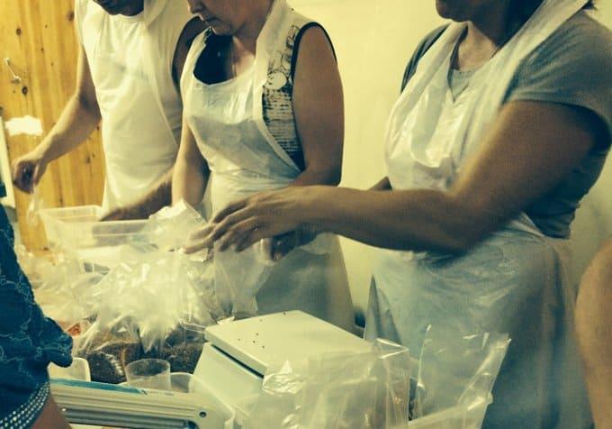 В Ростове-на-Дону начал работу цех по фасовке бесплатной еды для беженцев