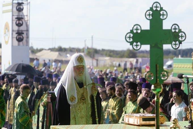 Патриарх Кирилл: Крестный ход – это подвиг, в который вовлекается и душа, и тело