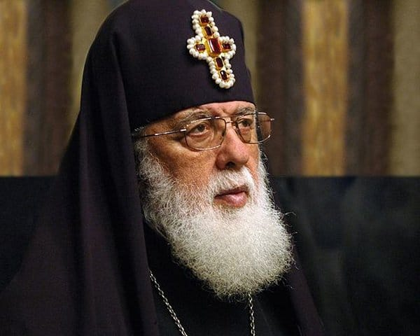 Патриарх должен иметь право на помилование заключенных, - католикос Илия II