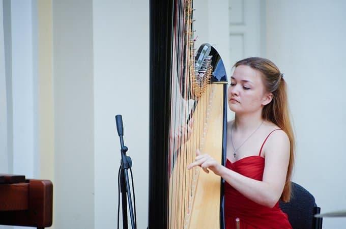 В помощь больным БАС в Москве исполнят музыку эпохи Возрождения