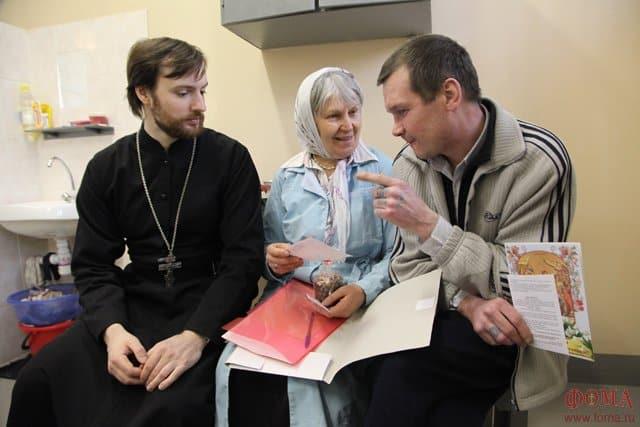 Заключенным могут разрешить беседовать со священниками наедине