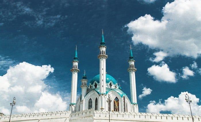 Зиннатуллина Айгуль - Мечеть Кул Шариф в облаках  Главная джума-мечеть республики Татарстан и Казани