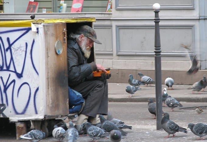 Помощь бездомным в Норвегии хотят объявить вне закона