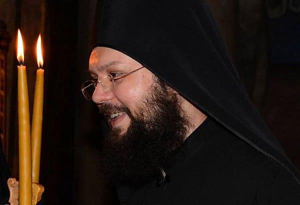 Погиб афонский монах, спешивший помочь пожарным