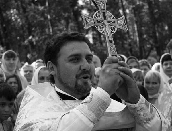 Воронежский священник Андрей Золотарев  выжил после нападения двух наркоманов