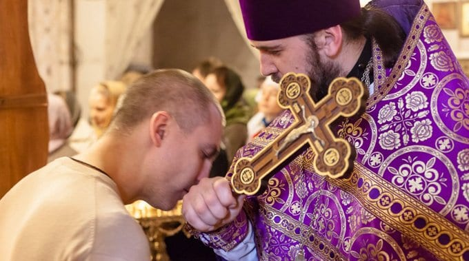 Нельзя прятаться за благословение священника, - Владимир Легойда