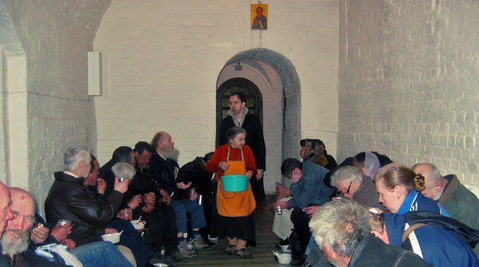 В Петербурге Церковь приютит около 100 бездомных