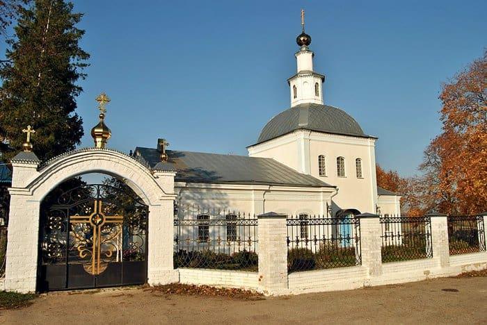 Церковь Успения Божией Матери в селе Себине.