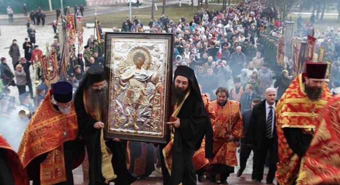 Десницу Георгия Победоносца встретили на Ярославской земле