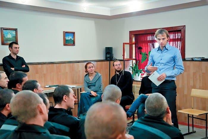Бизнес-тренер Владимир Якуба объясняет, как правильно писать резюме