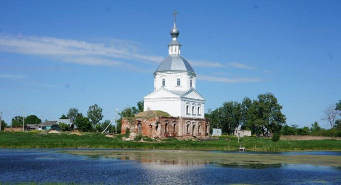 Храм, построенный Александром Суворовым, восстанавливают по одному фото