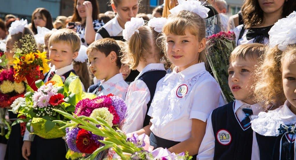 Владимир Путин предложил подумать о скользящем начале учебного года