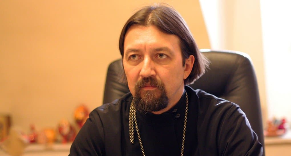 Право католических священников отпускать грех аборта на один год приближает Католическую Церковь к практике Русской Церк...