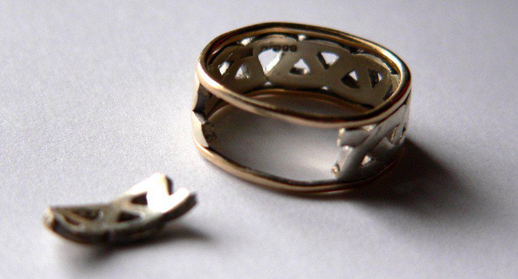 Разошлась с венчанным супругом. Как вступить в новый брак?