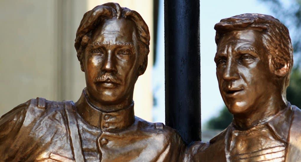 Первый памятник Глебу Жеглову и Володе Шарапову установили в Волгограде