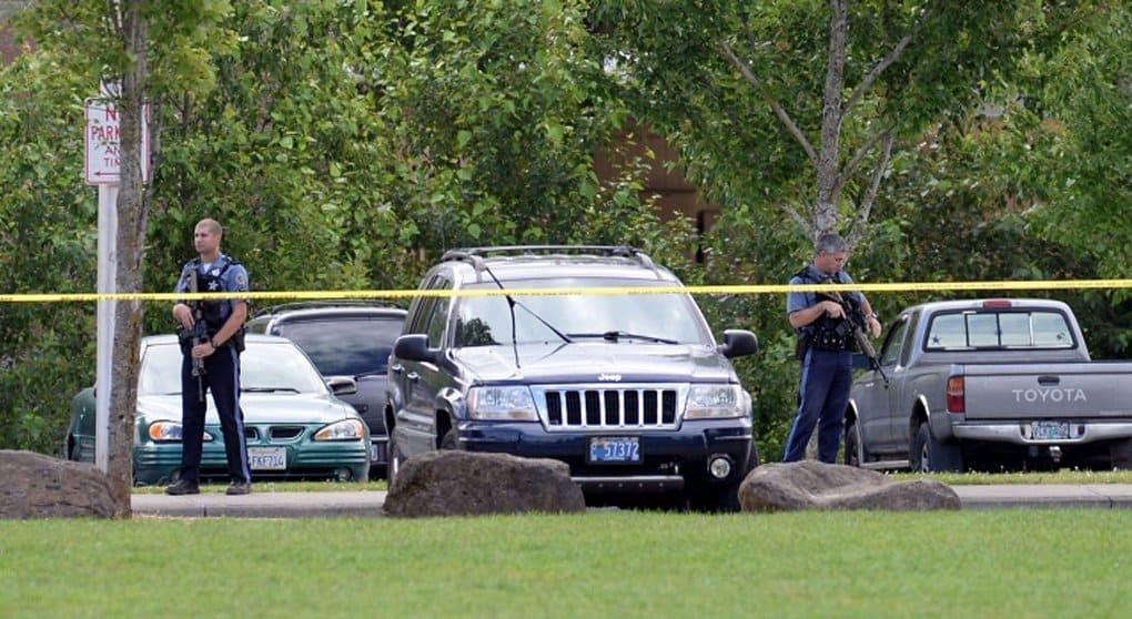 Устроивший бойню в Орегоне, целенаправленно убивал христиан, - очевидцы