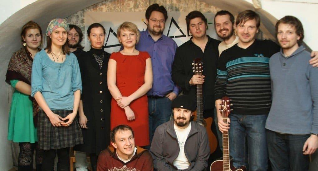 Авторы песен и социальные проекты познакомятся на акустическом концерте Даждь-Содружества