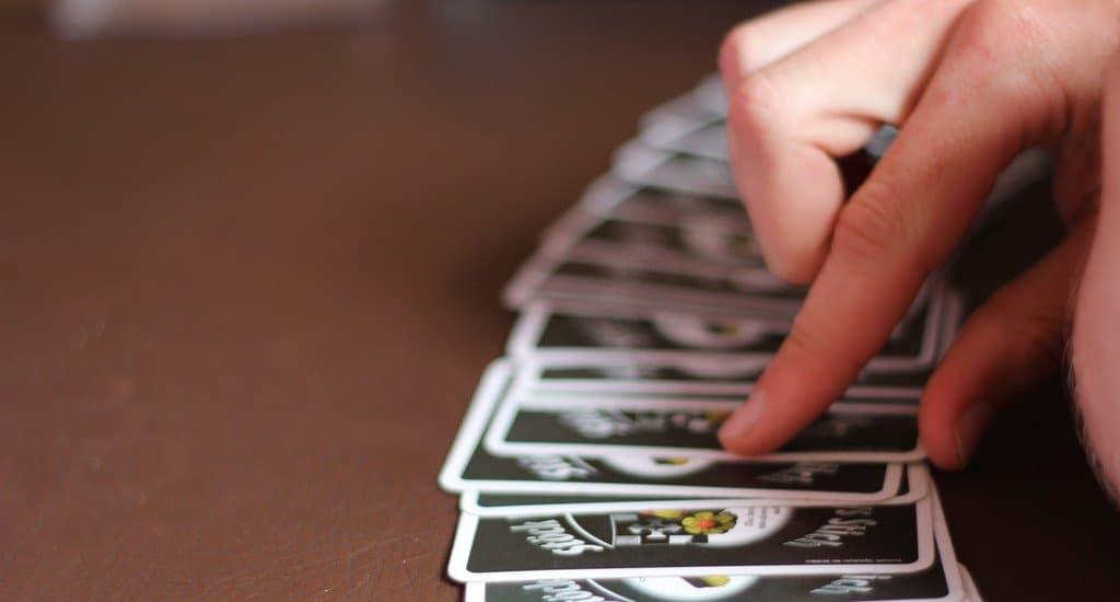 Можно ли использовать новые игральные карты как основу для других карт?