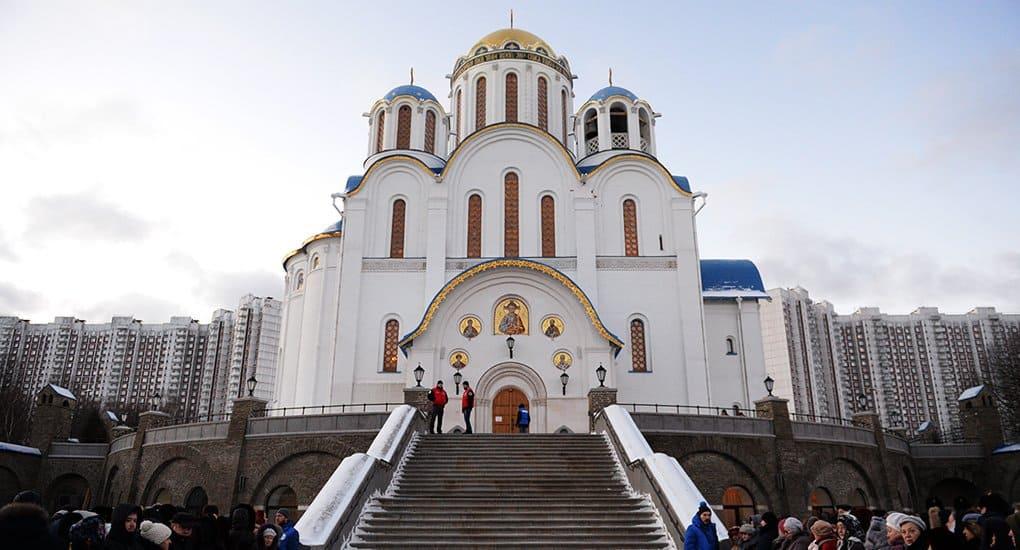 На строительство храма в Ясеневе пожертвовали полмиллиона москвичей