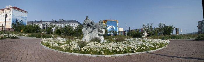 Центр города памятник Рытхэу_MG_8950 Panorama