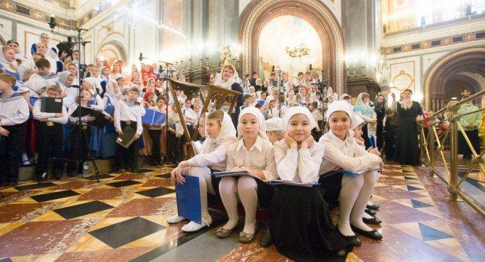 2016-01-17,A23K1082, Москва, ХХС, Детская Литургия, s_f