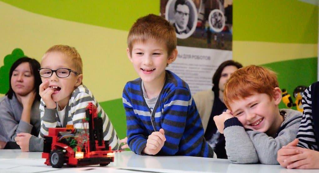 По всей России предложили создавать детские технопарки