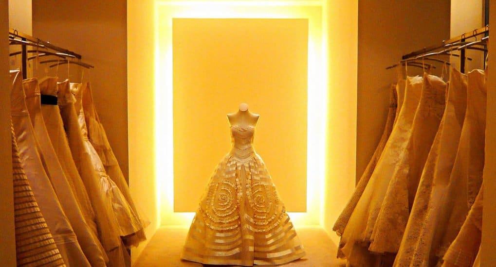 Грех ли продавать венчальное платье?