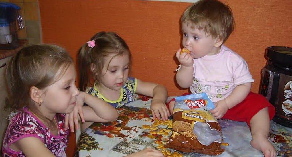 Десятки тысяч российских детей бесплатно получили продукты от «Любятово»