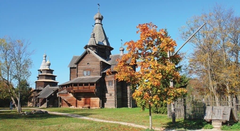 Древние деревянные храмы Великого Новгорода впервые подсветят