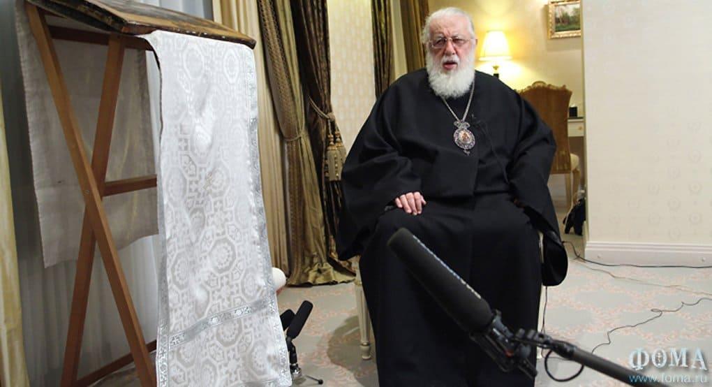 Католикос Илия II призвал власти Грузии проявить милосердие к пожизненно заключенным