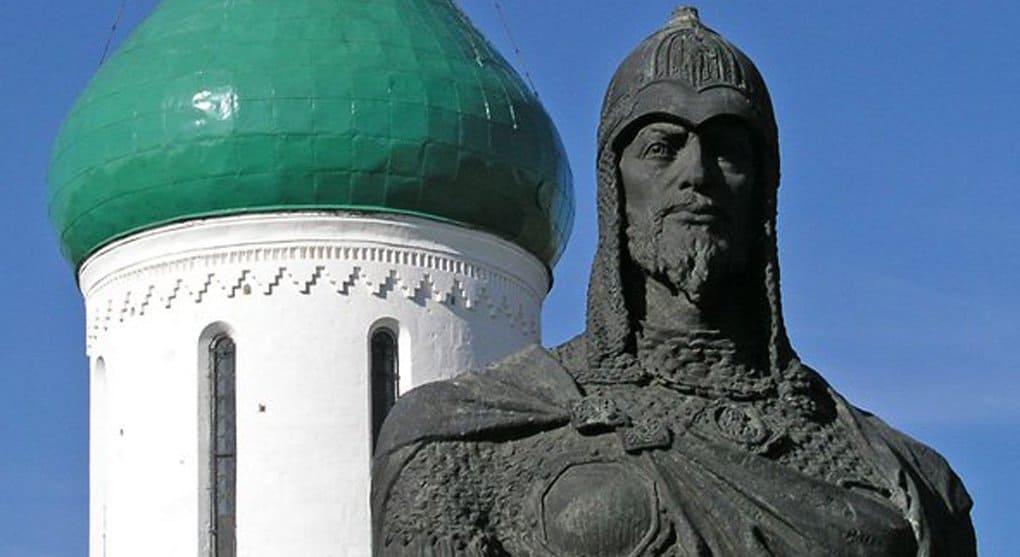 Новгородские депутаты просят изобразить на новой банкноте святого Александра Невского