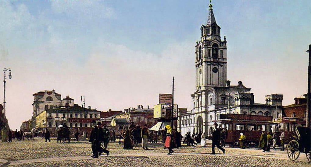В Москве помолились о возрождении Страстного монастыря
