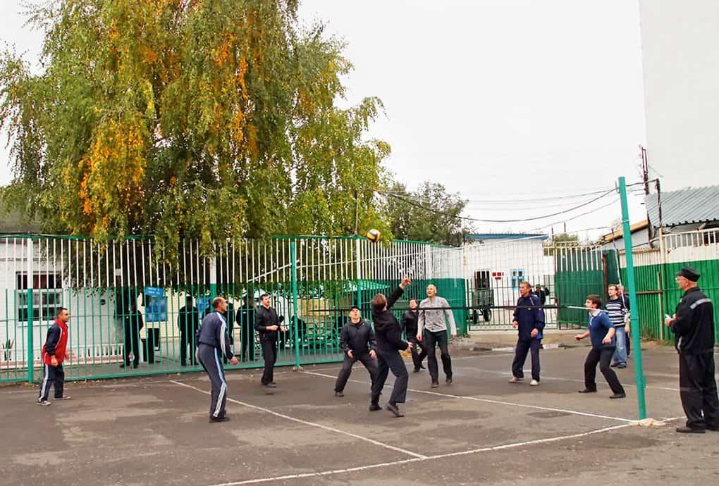 Дружеский волейбольный матч со студентами Нижегородской духовной семинарии