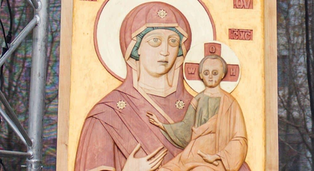Храму Христа Спасителя подарят уникальную икону для слепоглухих