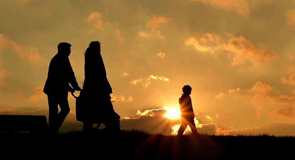 В школах должны преподавать основы семейной этики, - митрополит Иларион