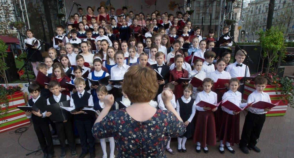 Лучшие «воскресные» хоры Москвы споют для детей из нуждающихся семей