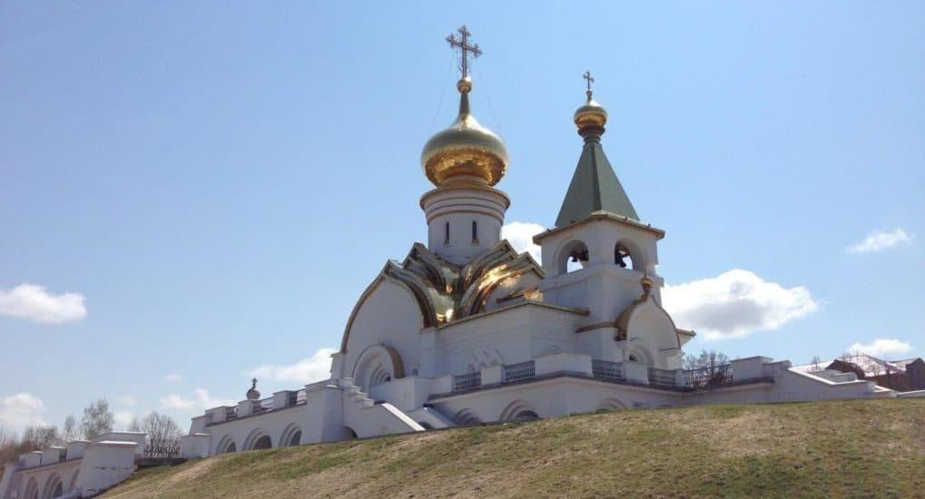 Храм преподобного Серафима Саровского в Хабаровске