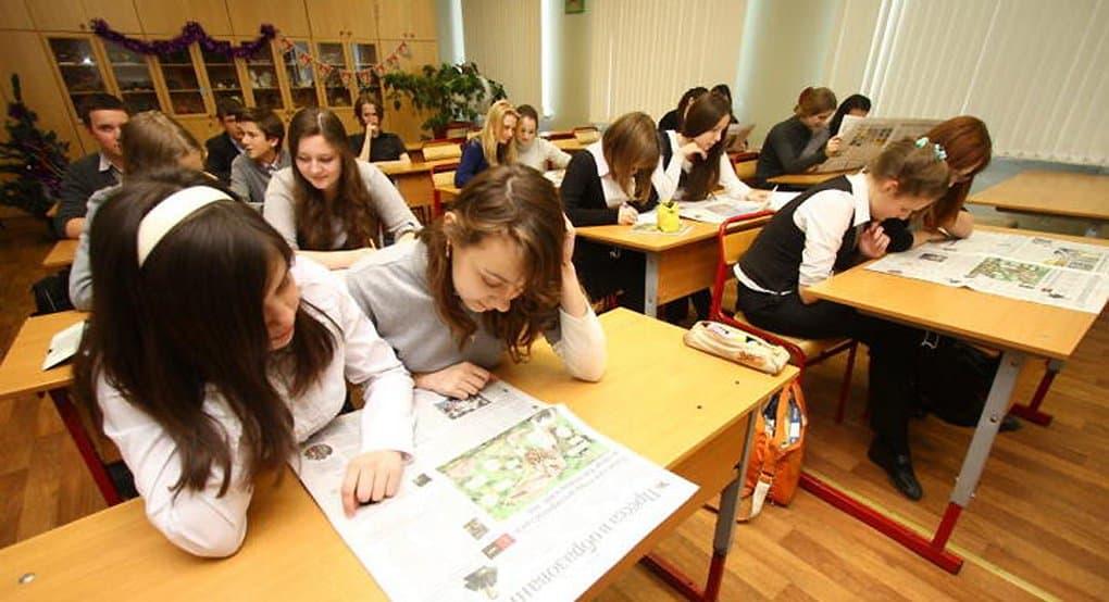 В ближайшую пару лет Россия решит вопрос с третьей сменой в школах