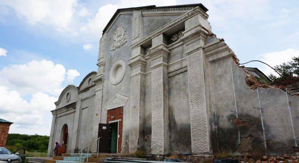 Под Новосибирском начали восстанавливать самый старый собор области