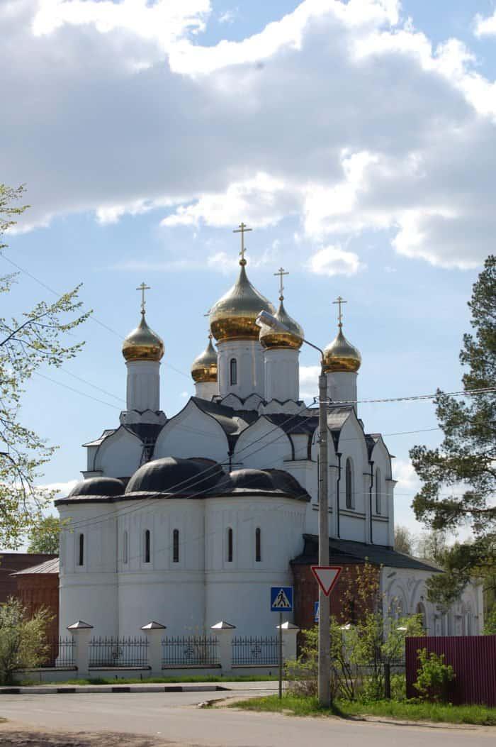 Церковь Рождества Иоанна Предтечи в Дубне_Yokki_вики