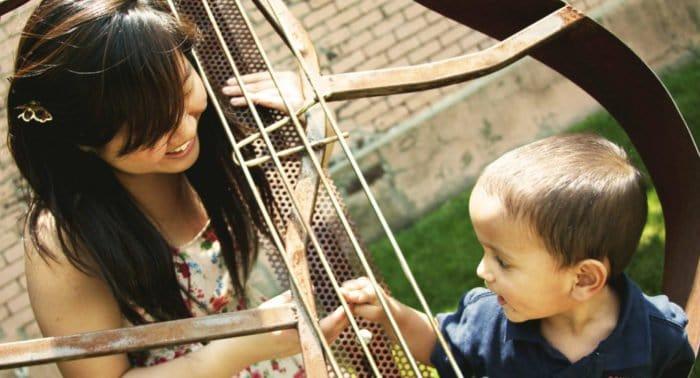 Грех ли крестить ребенка без крестных?