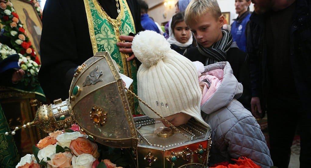 Свыше 35 тысяч верующих поклонились мощам Силуана Афонского в Екатеринбурге
