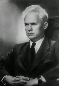 25-8-dovzhenko-aleksandr-petrovich