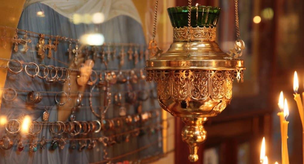 Как передать кольцо в храм?