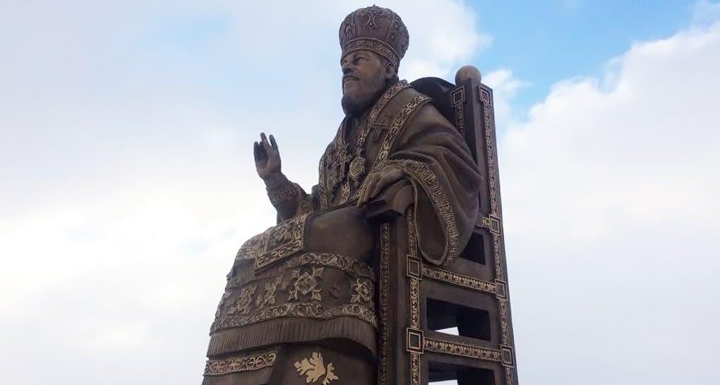 Второй памятник митрополиту Владимиру (Сабодану) установили в Украине