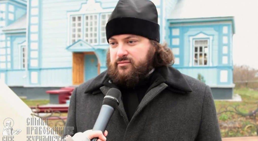Преследующие протоиерея Виктора Земляного препятствуют национальному примирению на Украине, - Владимир Легойда