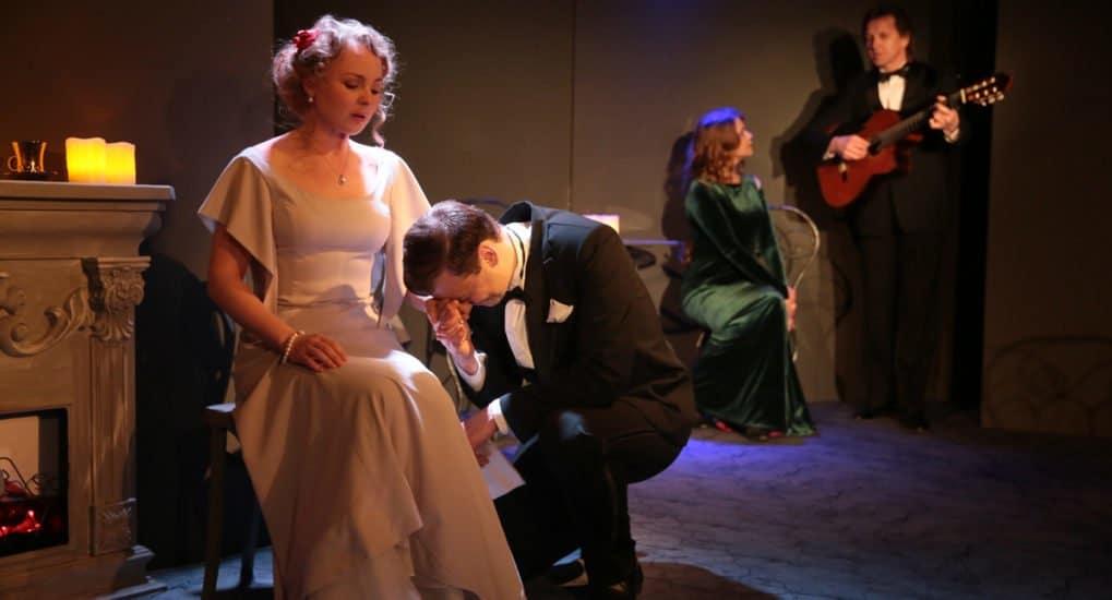 Театр «Глас» представил спектакль о заново вспыхнувшей любви