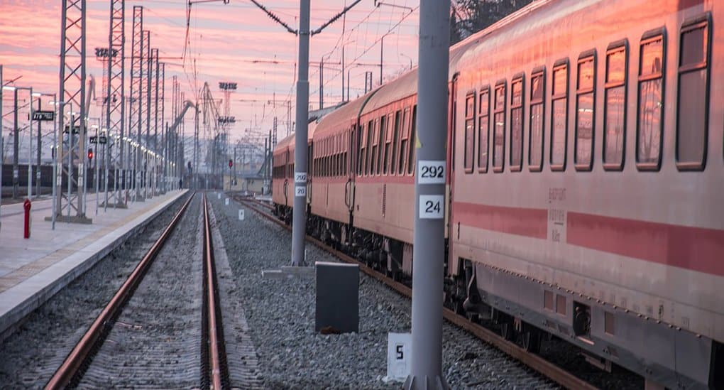 Врач из Мытищ погибла, спасая глухую пенсионерку от поезда